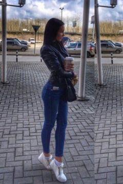 девушка Алексадра (Владивосток)